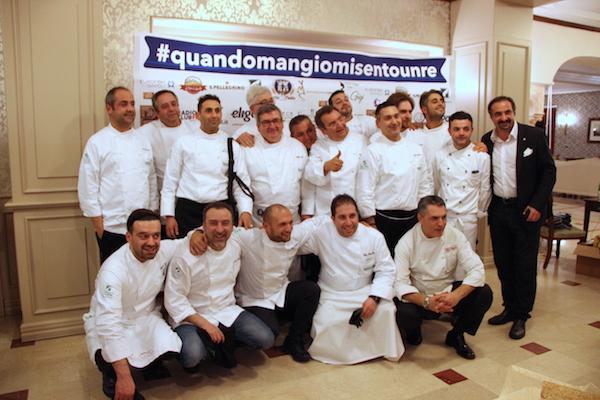 Il gruppo dei volenterosi - e generosi - chef