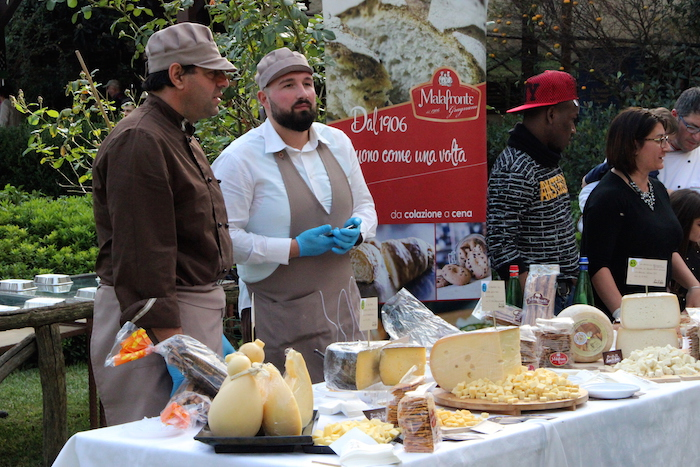 Sogni di Latte ha proposto una succulenta rassegna di formaggi.